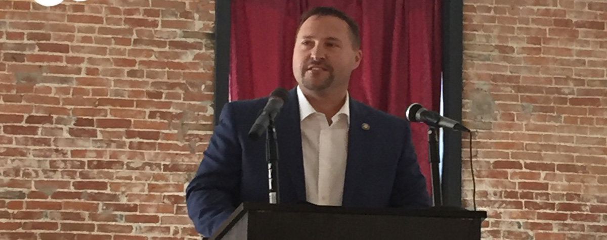 [Regional Administrator Jason Mohr speaks at Tri-State Housing Summit in Hannibal, MO]. HUD Photo