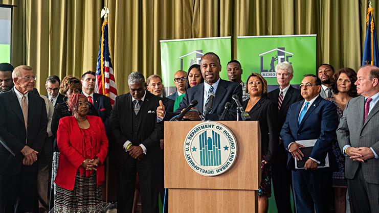 [Secretary Carson Kicks Off EnVision Center Demonstration in Detroit, Michigan]. HUD Photo