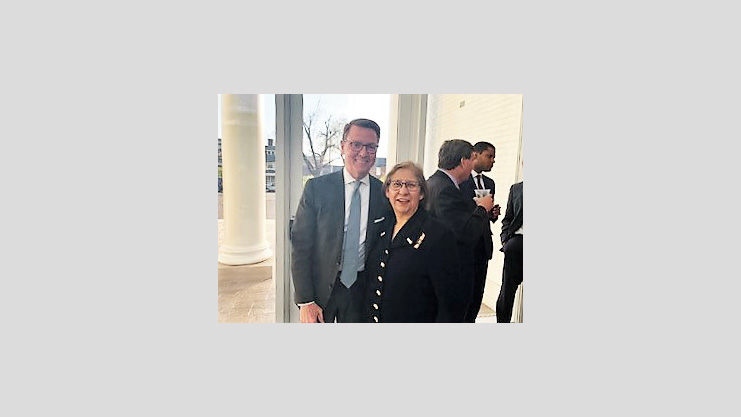 [Left to right: City of Lexington Mayor Jim Gray and HUD Assistant Secretary Fair Housing and Equal Opportunity Farias].  HUD Photo