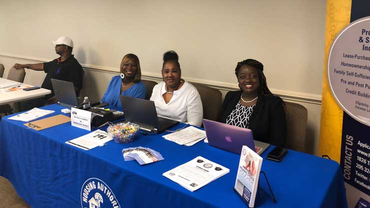 [Birmingham Housing Authority employees, waiting and hoping to house all homeless veterans participating in the event.]. HUD Photo