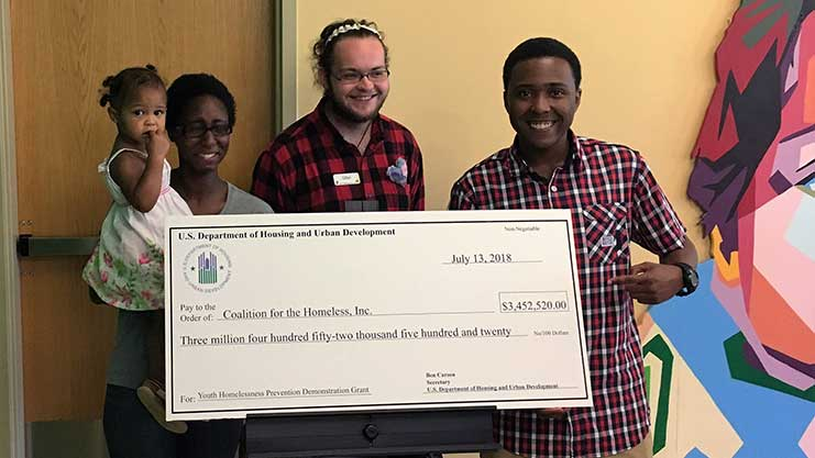 [Louisville Homeless Youth Advisory Board representatives appreciate HUD's $3.4M grant to help end youth homelessness.]. HUD Photo