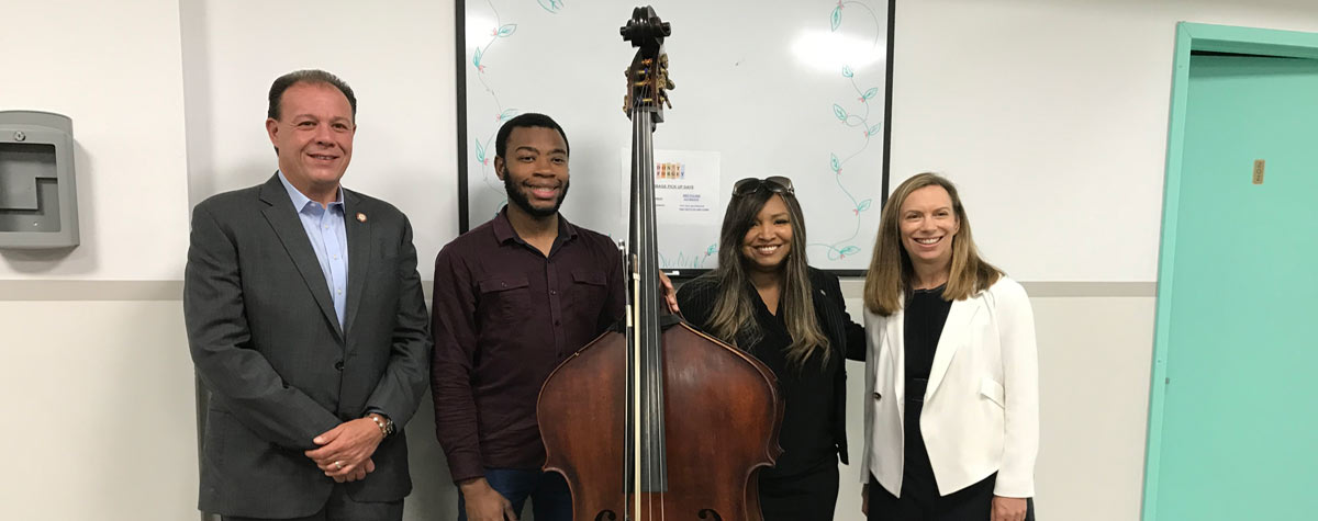 [New York City Councilmember Mark Gjonaj; Bassist Gabriel English; HUD Region II Regional Administrator Lynne Patton; and Covenant House Chief Operating Officer, Leslie Abbey]. HUD Photo