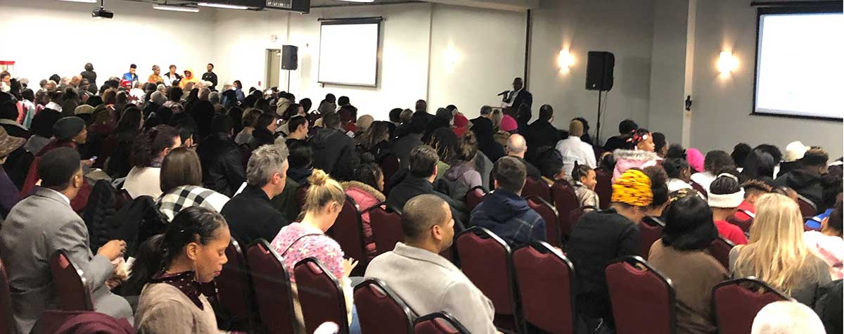 [Hundreds of Louisville residents and community stakeholders attend the film debut of The Beecher Terrace Story]. HUD Photo