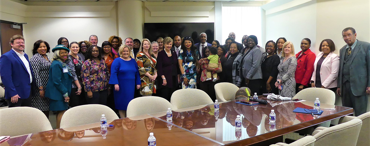 [HUD and Alabama Kick-off Foster Youth to Independence Initiative].  HUD Photo