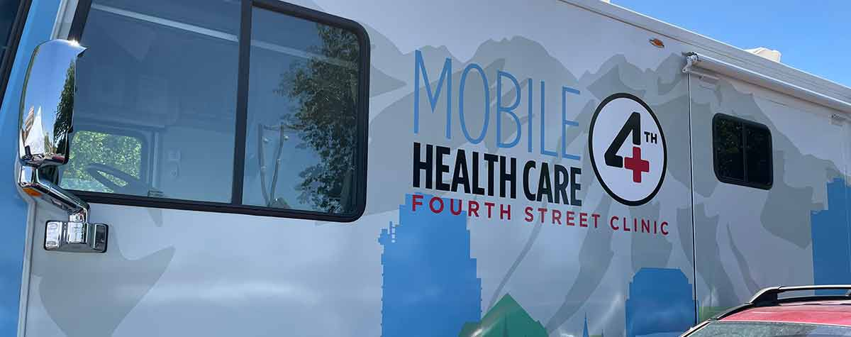 [Fourth Street Mobile Clinic arrives at the Vaccine Block Party in Salt Lake City]. HUD Photo