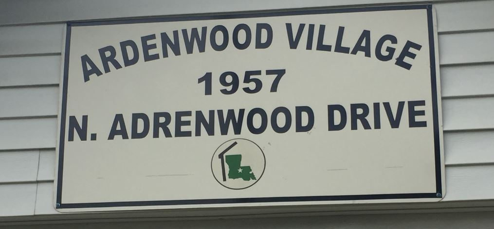 [Ardenwood sign]