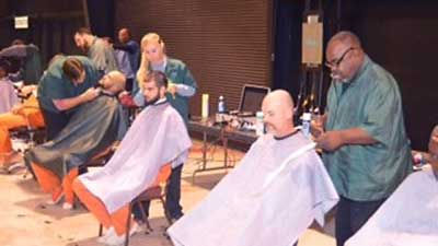 [Homeless persons living in Mobile, Alabama, had the opportunity of receiving health screenings, applications for housing and haircuts, during Project Homeless Connect.]. HUD Photo