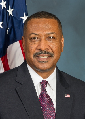 Official Portrait of Mike Anderson